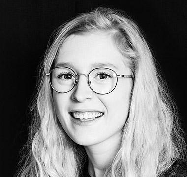 Mitarbeiterbild Aline Kaussen