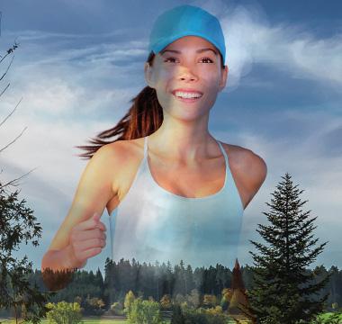 Läuferin in Schwarzwälder Landschaft