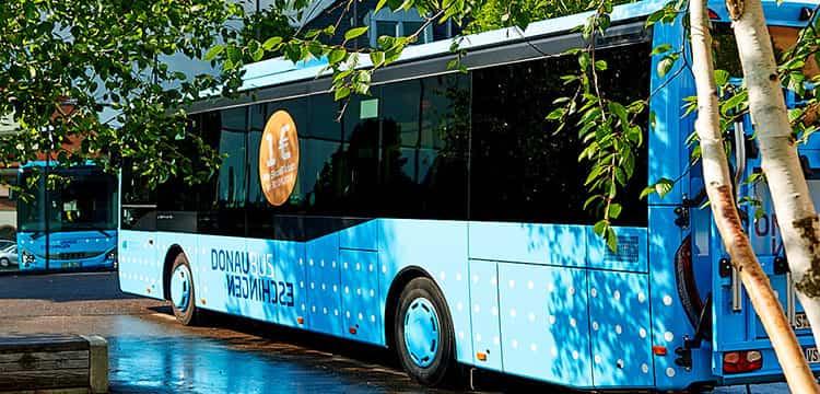 Donaubus an der Donauhalle